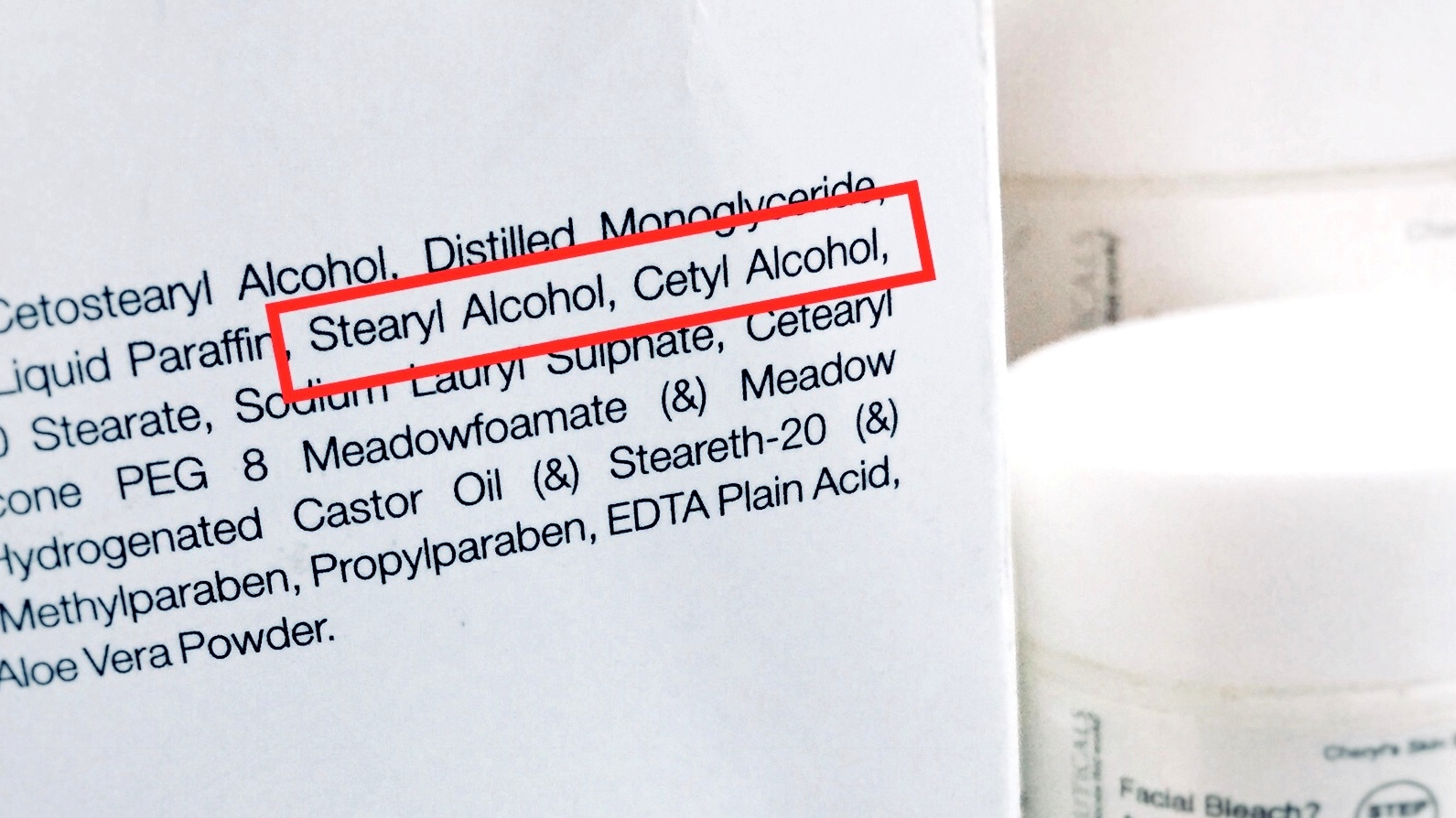 alcohol-con-trong-my-pham-va-nhung-luu-y-e