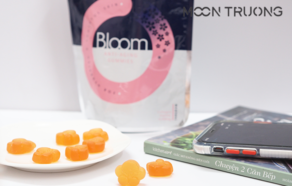 review-sakura-bloom-anti-aging-collagen-gummies