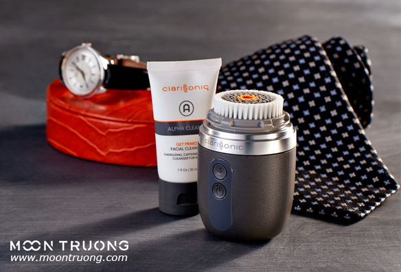 review-may-rua-mat-clarisonic-mia-fit