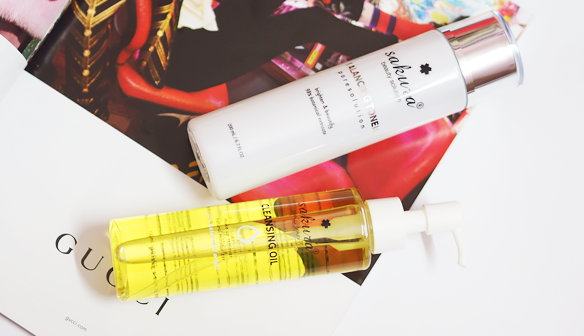 review-dau-tay-trang-sakura-cleansing-oil