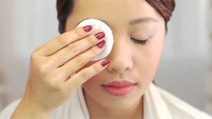 Sản phẩm tẩy trang của bạn có đang gây hại cho da?