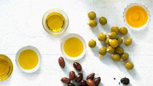 Cách an toàn nhất để làm sạch da với dầu Olive