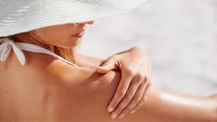 Kem chống nắng toàn thân nên sử dụng
