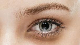 Tips dưỡng cho da vùng mắt sáng màu